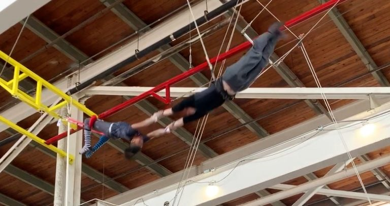 twin cities trapeze featured