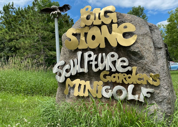 big stone mini golf