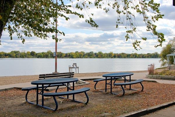 lake nakomis picnic area