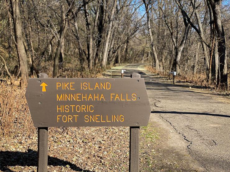 pike island hike loop fort snelling